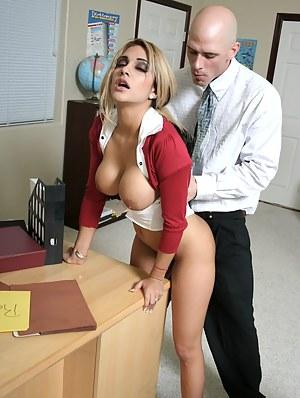 Big Boobs Schoolgirl Porn Pictures